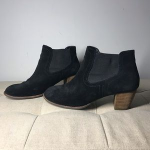 Dolce Vita Black Suede Booties Size 8.5